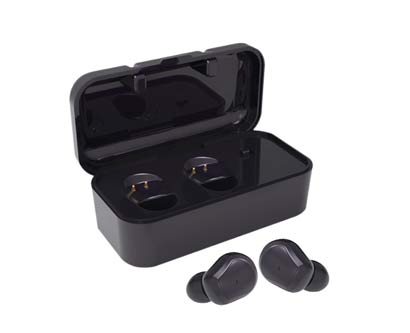 אוזניות בקופסת טעינה