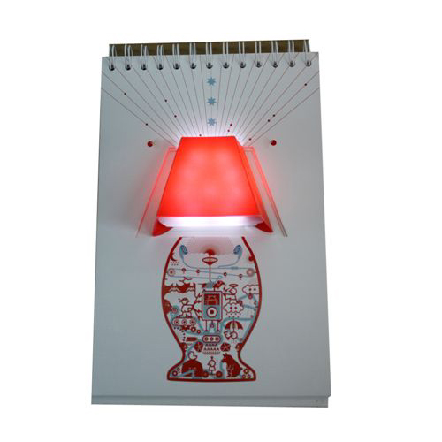 מנורת לד עם דפים מעוצבים