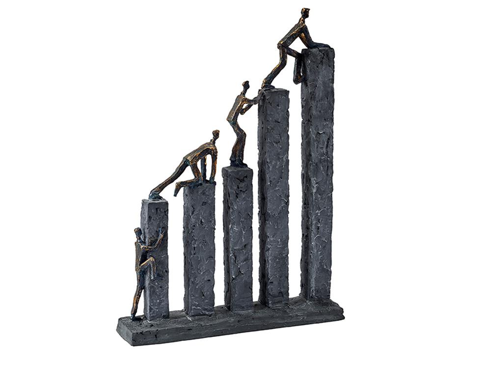 פסל מעוצב בדרך לפיסגה