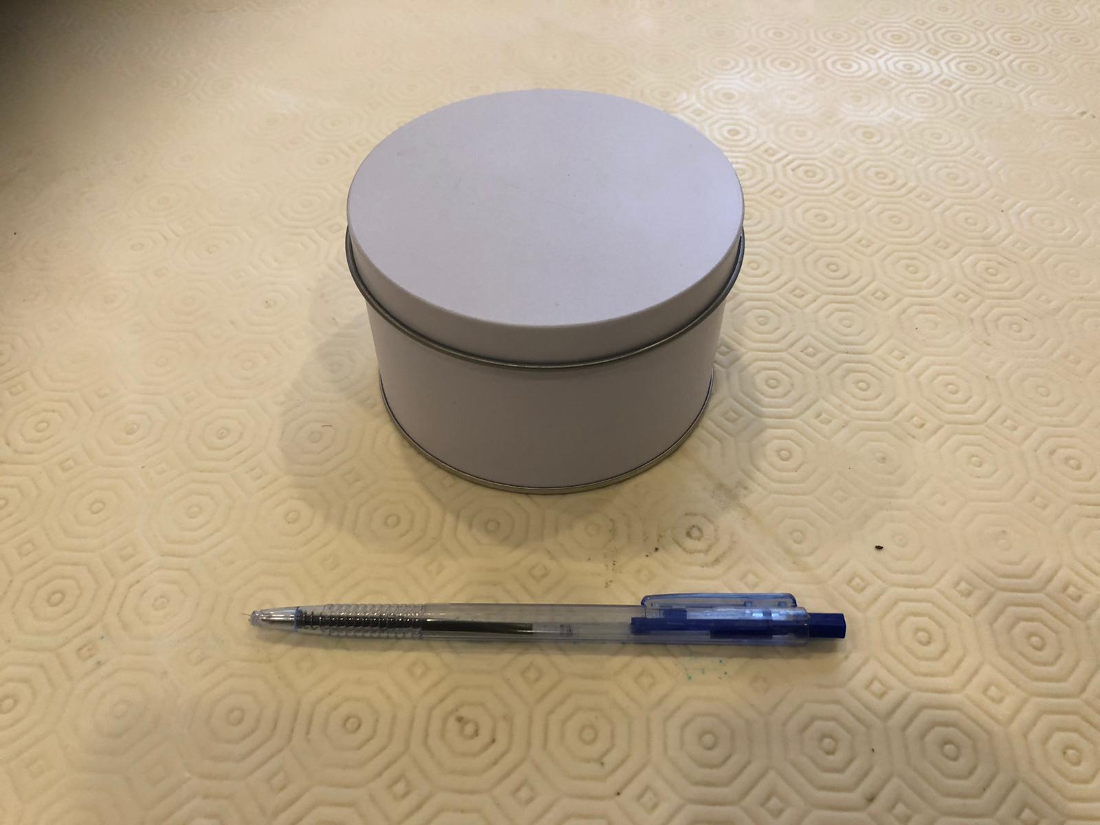 קופסת מתכת עגולה קוטר 10