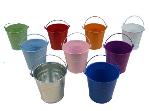 דלי איחסון מפח במגוון צבעים