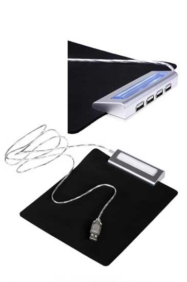משטח לעכבר עם מפצל ל-4 USB