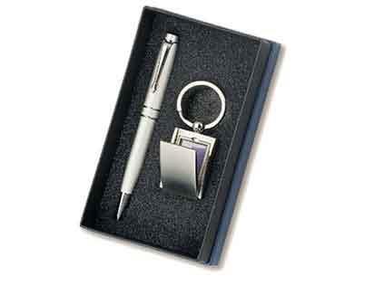 סט מחזיק מפתחות ועט   מגנום