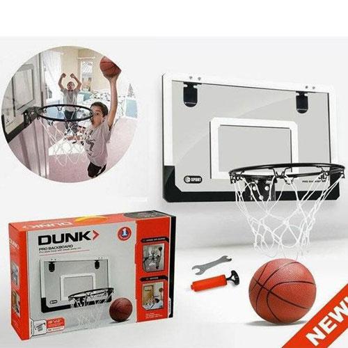 משחק כדורסל תליה על הדלת