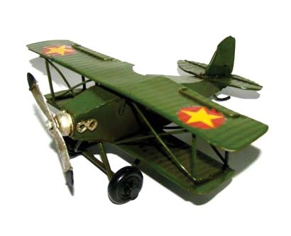 פסל מטוס רטרו