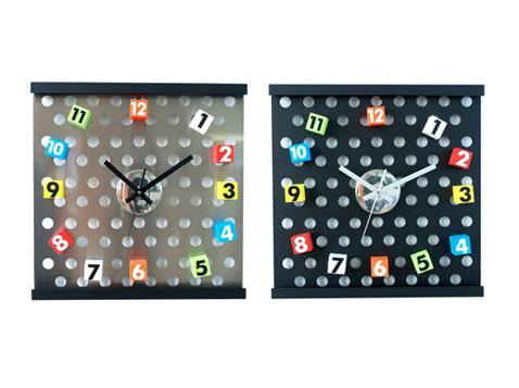 שעון קיר מגנטים